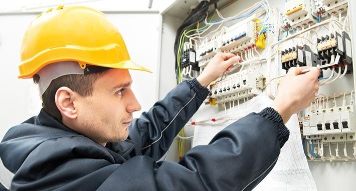 Capacitações Gratuitas - Eletricista