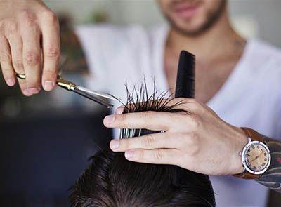 Curso Técnicas Básicas de Cortes Masculinos e Design de Barba Senac