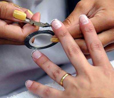 Curso Gratuito de Manicure e Pedicure
