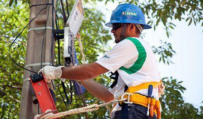 Curso de Instalador e Reparador de Rede de TV a Cabo Senai