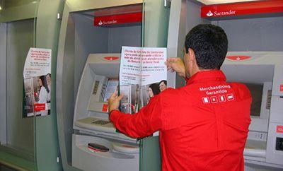 Funcionário Santander