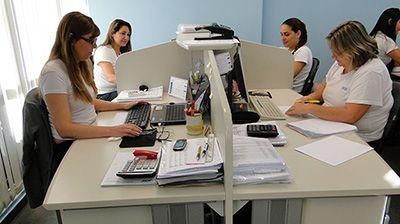 Salário de Assistente de Recursos Humanos
