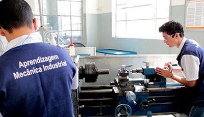Salário Auxiliar Mecânico de Manutenção