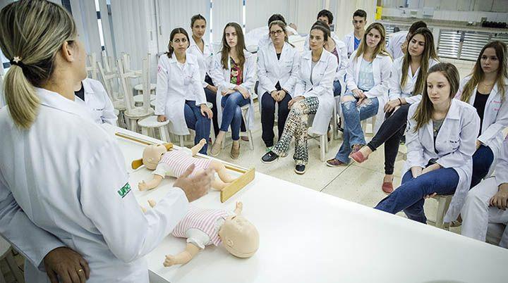 Bolsas de Estudo para Curso Técnico de Enfermagem 2018