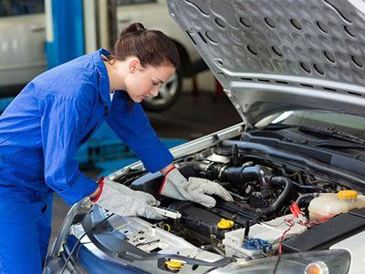 Eletricista de Automóveis o que faz