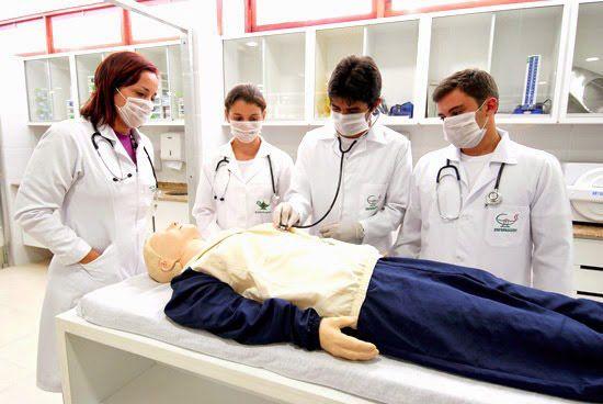 Cursos Gratuitos Escolas Técnicas - Enfermagem, Análises e mais