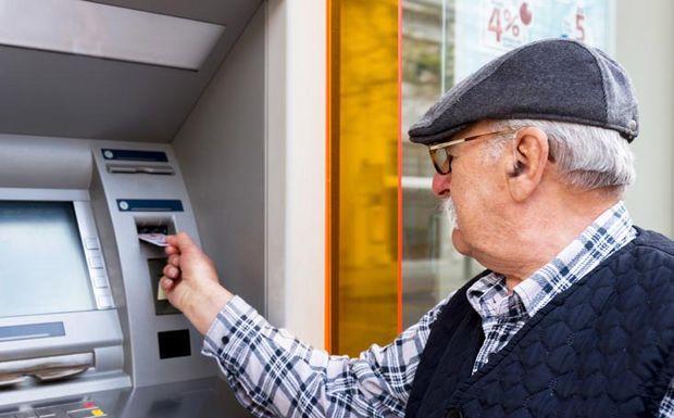 começa o pagamento da primeira parcela do 13° salário dos aposentados