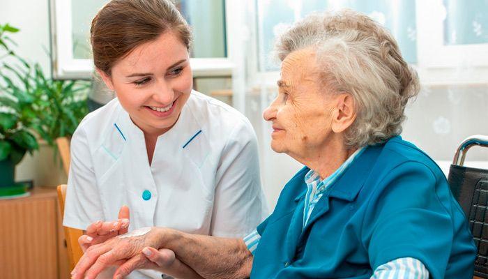 curso de cuidador de idosos gratuito ead o que faz a profissão