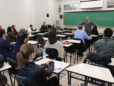 Mestrado Gratuito para Professores de Letras 2019