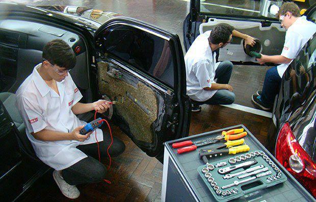 Curso Gratuito Com Certificado de Instalador de Acessórios Automotivos Senai 2019 saiba mais