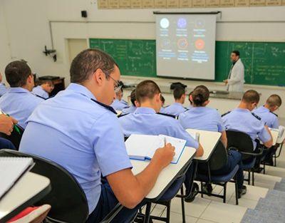 Melhores Colégios Militares do Brasil