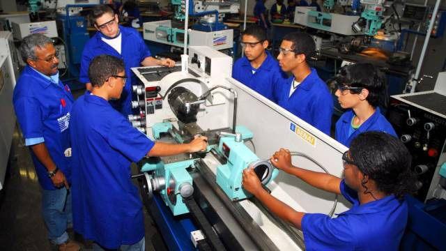 Cursos Gratuitos de Aprendizagem Industrial Senai