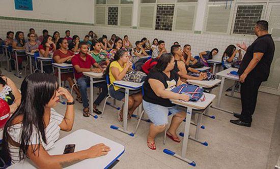 Ensino Médio Rápido em 2020