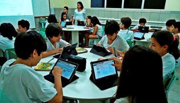 Internet Gratuita em 100% das Escolas Públicas do Brasil