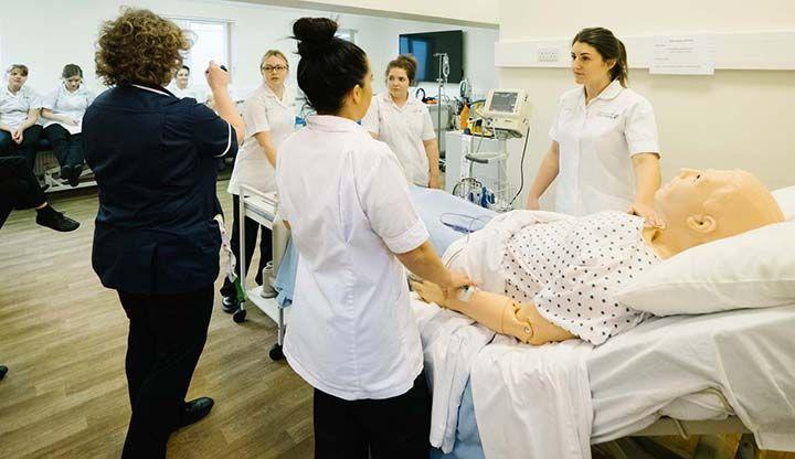Cursos Técnicos Gratuitos do Senac de Enfermagem e Estética 2020