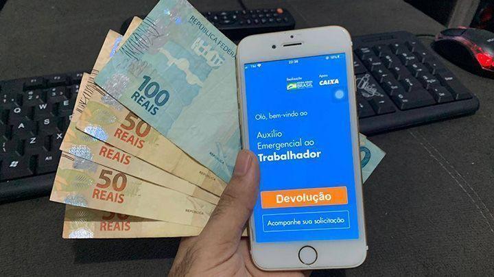 Quem recebeu o Auxílio de R$ 600 vai ter que devolver em 2021