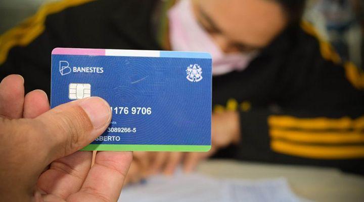Saiba como SACAR o NOVO Benefício de R$ 300,00