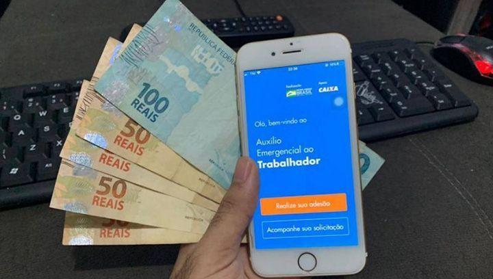 Auxílio Emergencial no VALOR de R$ 300,00