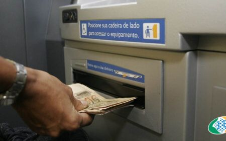 CONFIRMADO! Antecipação do 13º salário para APOSENTADOS do INSS: Veja QUANDO SACAR e o VALOR disponível