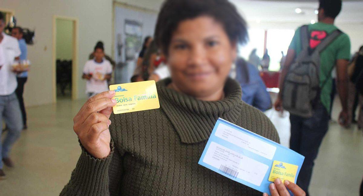 INSCRITOS no Bolsa Família recebem CARTÃO do Benefício
