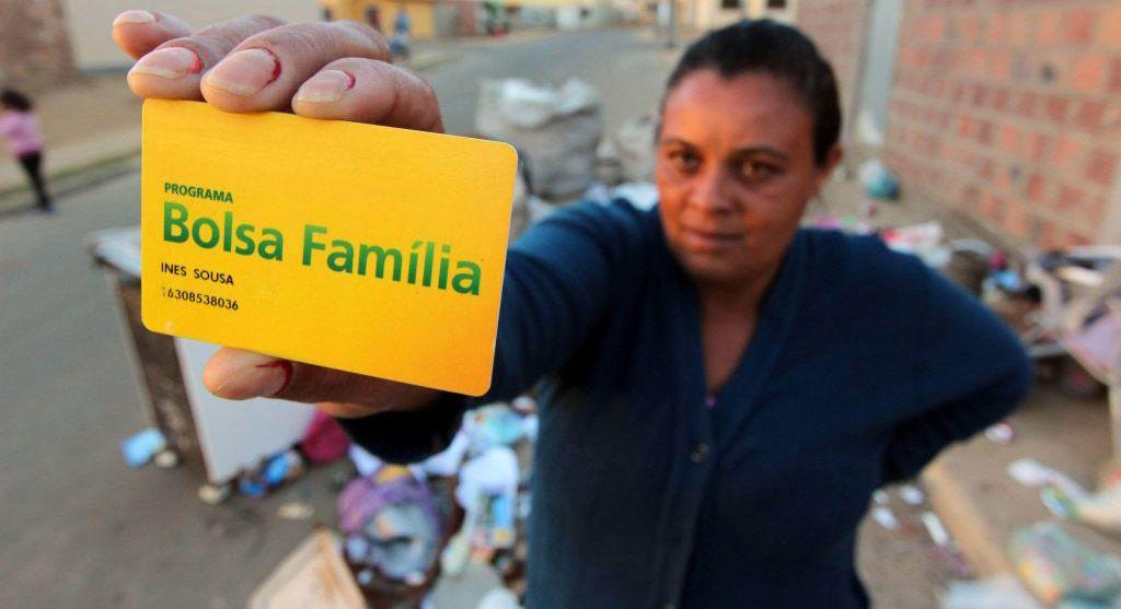 NOVA REGRA: BOLSA FAMÍLIA tem MUDANÇAS para MÃE chefe de Família