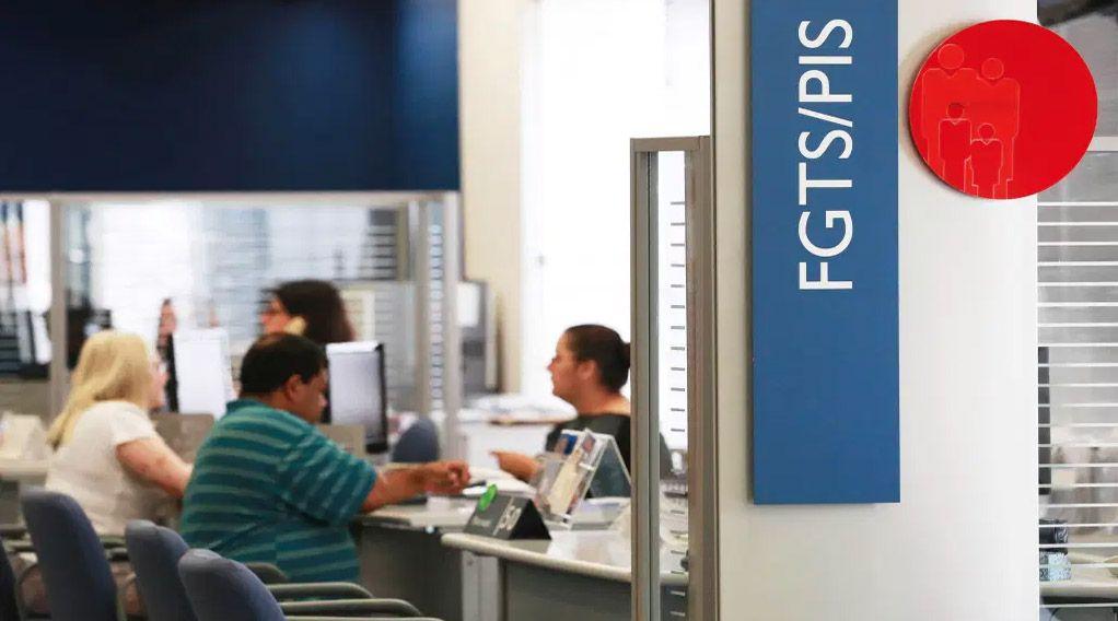 Consulta do FGTS e PIS/PASEP com saques de até R$ 2.090 em NOVEMBRO já está LIBERADA