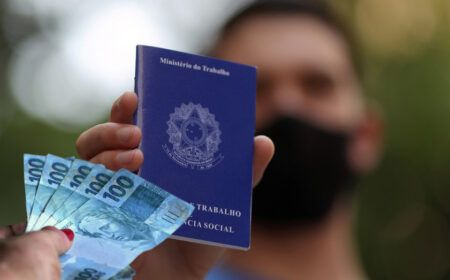 ANUNCIADO! BOLSA TRABALHO com VALOR de R$ 450,00: PAGAMENTOS LIBERADOS a partir de 1º de MARÇO! Veja como RECEBER a AJUDA