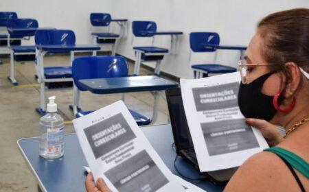 Auxílio de R$ 1.500 para servidores da educação: Veja a lista de quem vai receber