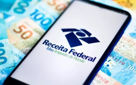 Caiu na conta! Receita paga 3° lote de restituição do Imposto de Renda: Veja como consultar