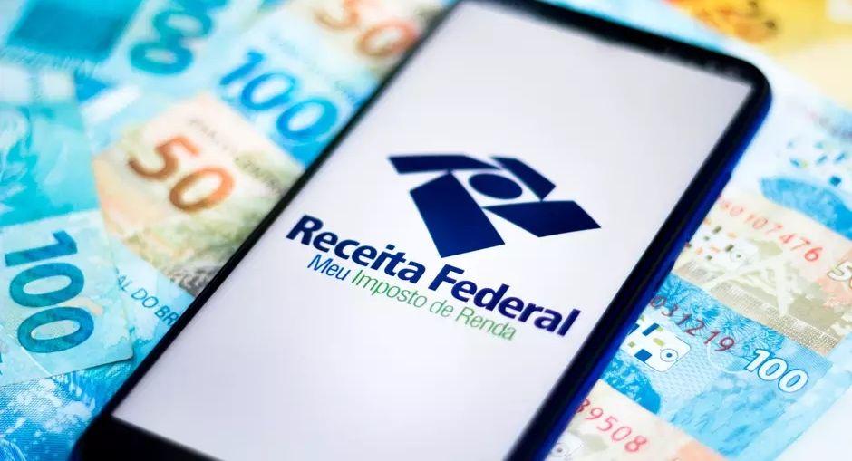 Receita paga 3° lote de restituição do Imposto de Renda