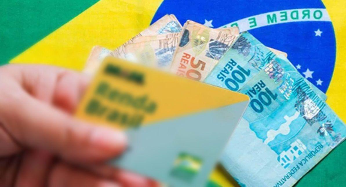 Beneficiários que recebem o Auxílio terão que fazer novo cadastro no Auxílio Brasil O novo Bolsa Família