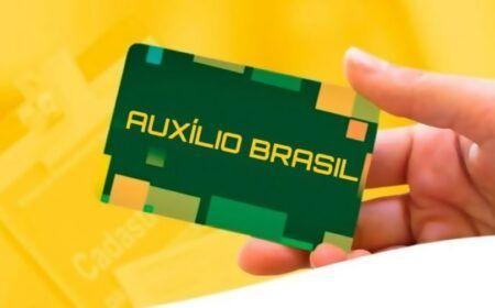 Veja quem pode receber o benefício compensatório do Auxílio Brasil: Entenda o que é, e a diferença em relação ao Bolsa Família